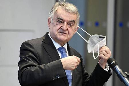 NRW-Innenminister Herbert Reul (CDU). Foto: Roberto Pfeil/dpa
