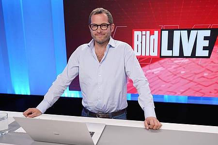 Julian Reichelt, Chefredakteur «Bild», im Studio.. Foto: Jörg Carstensen/dpa