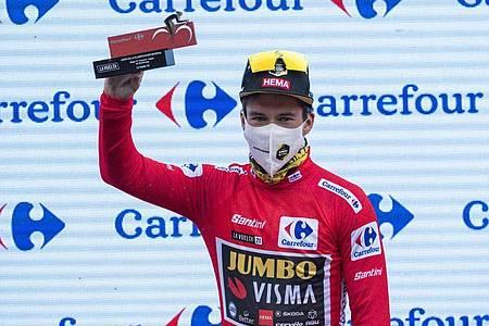 Primoz Roglic steht vor seinem dritten Vuelta-Gesamtsieg. Foto: Lalo R. Villar/AP/dpa