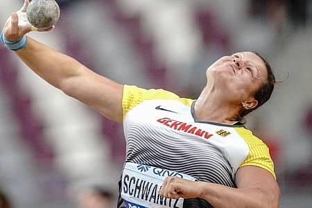 Denkt noch nicht an das Karriereende: Christina Schwanitz. Foto: Michael Kappeler/dpa
