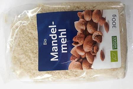 300g «MorgenLand Mandel-Mehl». Foto: lebensmittelwarnung.de/dpa-infocom