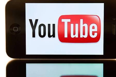 Neuerdings gibt es auch bei Youtube Music die Möglichkeit, eigene Songs auf die Server des Internetkonzerns hochzuladen. Foto: picture alliance / dpa