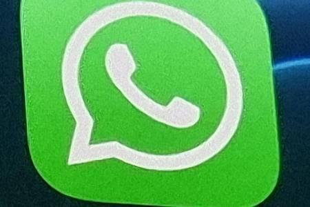 WhatsApp Irland muss wegen Verstößen gegen die DSGVO viel Strafe zahlen. Foto: Christoph Dernbach/dpa/dpa-tmn