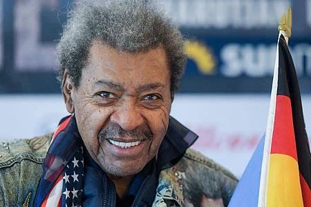 Box-Promoter Don King wird 90 Jahre alt. Foto: Axel Heimken/dpa