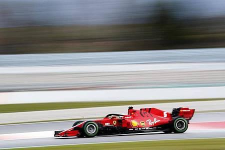 Die wegen der Coronavirus-Krise ausgefallen Formel-1-Rennen sollen in der Sommerpause nachgeholt werden. Foto: Joan Monfort/AP/dpa