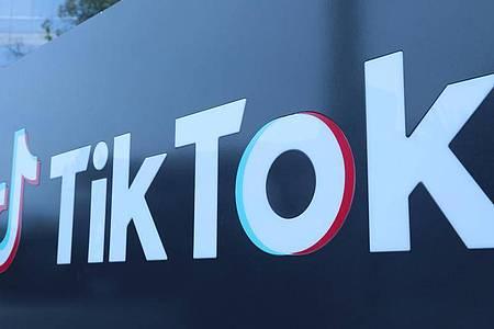 Das Logo des Video-Tausch-Unternehmens TikTok. Foto: -/XinHua/dpa