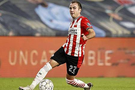 Mario Götze muss mit Eindhoven im Rückspiel ein 1:2 drehen. Foto: Maurice Van Steen/ANP/dpa