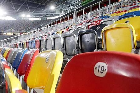 Bei vielen Bundesligaspielen bleiben infolge der Coronavirus-Ausbreitung die Stadien leer. Foto: David Young/dpa
