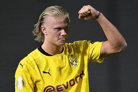Weltklasse-Stürmer Erling Haaland geht auch in der Saison 2021/22 für den BVB auf Torejagd. Foto: Arne Dedert/dpa