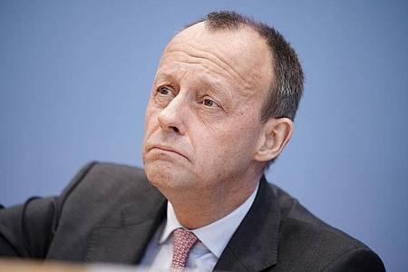Merz stellte in dem Funke-Interview klar, es habe kein ernsthaftes Angebot für ein Ministeramt im Kabinett von Kanzlerin Angela Merkel (CDU) vorgelegen. Foto: Michael Kappeler/dpa