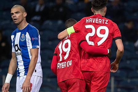 Bayer Leverkusen trifft im Europa-League-Achtelfinale auf die Glasgow Rangers. Foto: Federico Gambarini/dpa