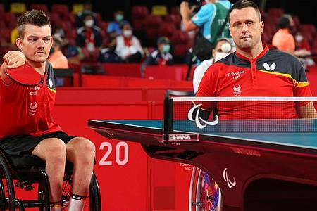 Holten Silber im Para-Tischtennis: Thomas Schmidberger (l) und Thomas Brüchle. Foto: Karl-Josef Hildenbrand/dpa