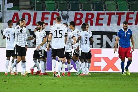 Die deutsche Fußball-Nationalmannschaft setzt sich in St. Gallen gegen Liechtenstein durch. Foto: Sven Hoppe/dpa