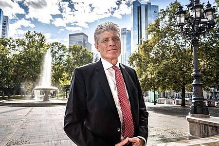 Scharfes analytisches Denken ist in seinem Job gefragt: Thorsten Müller arbeitet als Investmentbanker. Foto: Frank Rumpenhorst/dpa-tmn