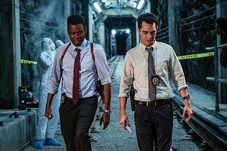 Detective Zeke (Chris Rock) und sein Partner William (Max Minghella) müssen brutale Morde an Polizeikollegen untersuchen. Foto: Brooke Palmer/StudioCanal/dpa