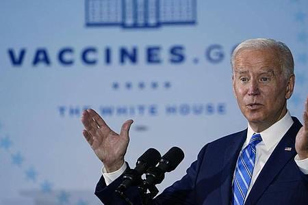 US-Präsident Joe Biden verteidigt weitgehende Corona-Impfpflichten für Arbeitnehmer. Foto: Susan Walsh/AP/dpa