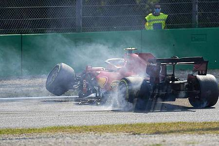 Ferrari-Pilot Carlos Sainz hatte in Monza einen Unfall. Foto: Antonio Calanni/AP/dpa