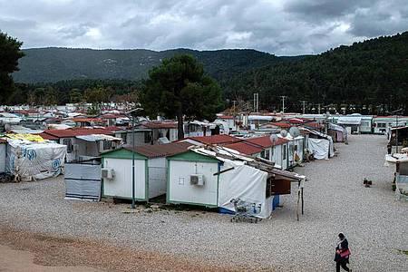 Das Flüchtlingslager «Gerakini» in Malakasa nahe Athen. Foto: Angelos Tzortzinis/dpa