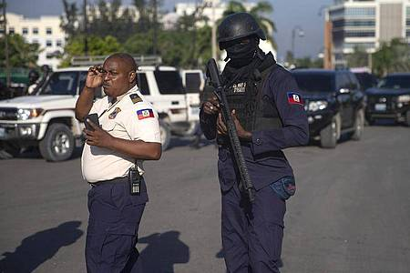 In Haiti ist laut Medienberichten eine Gruppe Missionare entführt worden. Foto: Joseph Odelyn/AP/dpa
