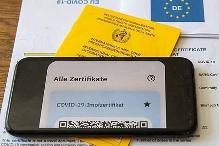 Arbeitgeber dürfen den Impfstatus der Beschäftigten weiterhin nicht abfragen. Foto: Stefan Puchner/dpa