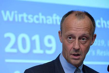Friedrich Merz, Vizepräsident des Wirtschaftsrates der CDU e. V., ist positiv auf das Coronavirus getestet worden. Foto: Sebastian Willnow/dpa-Zentralbild/dpa