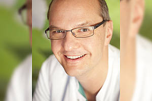 Prof. Dr. h.c. (TashPMI) Dr. med. habil. Mathias Löhnert