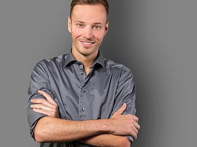 Jürgen Kerbel grinst