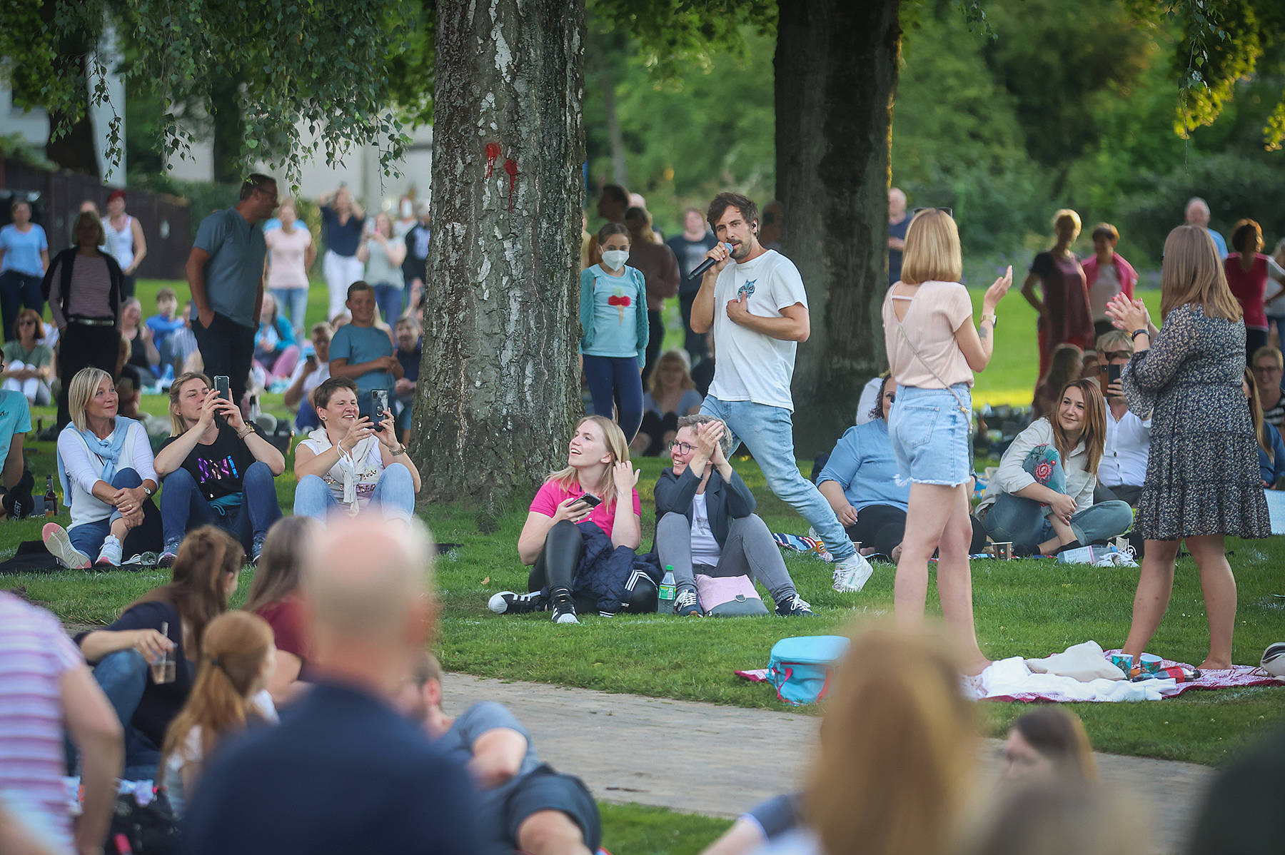 Max Giesinger-Konzert im Bürgerpark Bielefeld